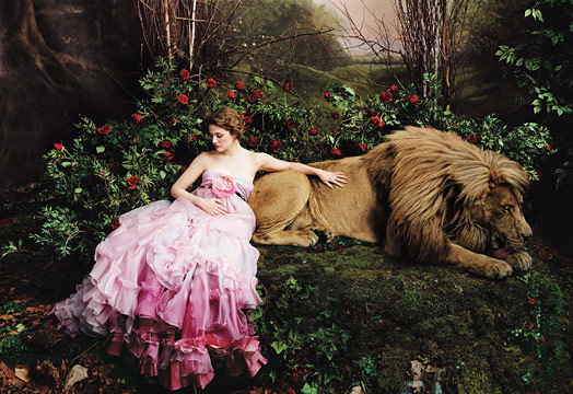 drew-barrymore-beauty-and-the-beast-5