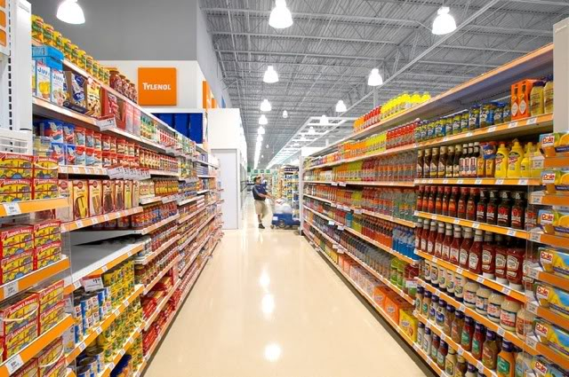 American supermarket: there is a huge selection and wide aisles